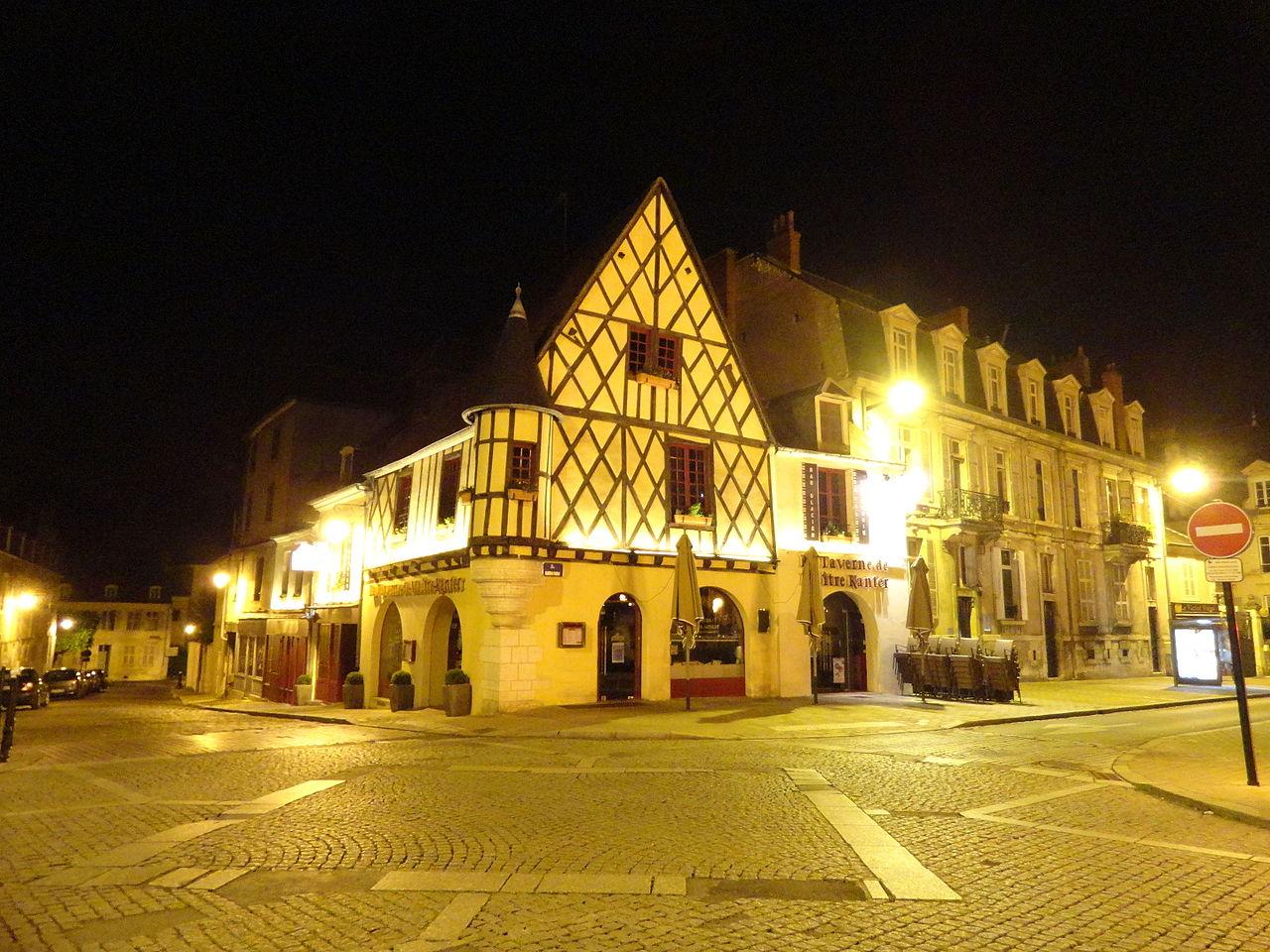 Centre ville de Bourges Cimm Immobilier Mehun sur yévre 18